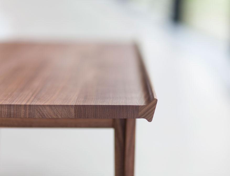 Der 500 Table von Finn Juhl in Walnussholz