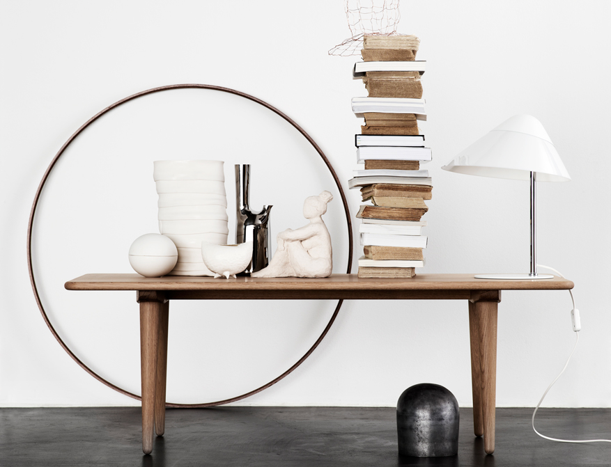 Der Coffee Table CH011 in Walnuss von Hans Wegner