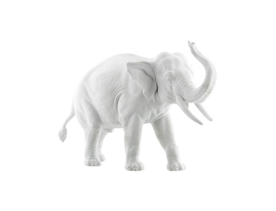Junger Elefant Edward aus weißem Biskuitporzellan von Porzellan Manufaktur Nymphenburg