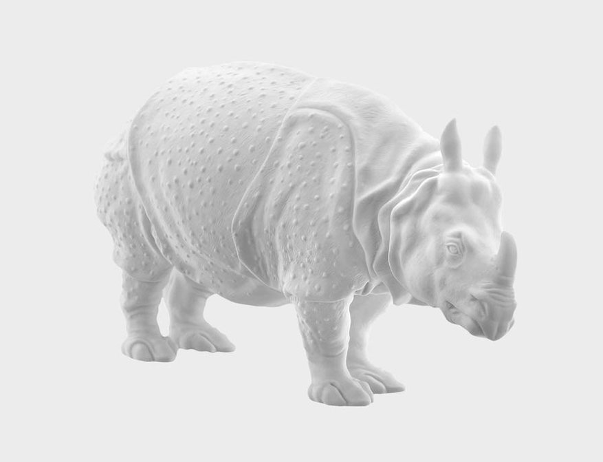 Das Rhinozeros Clara in weißem Biskuitporzellan gefertigt von der Porzellanmanufaktur Nymphenburg in München