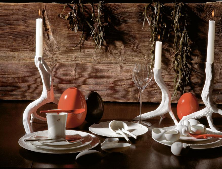 Wurzelleuchter und Eivasen in verschiedenen Ausführungen mit Service aus Biskuitporzellan von Porzellan Manufaktur Nymphenburg
