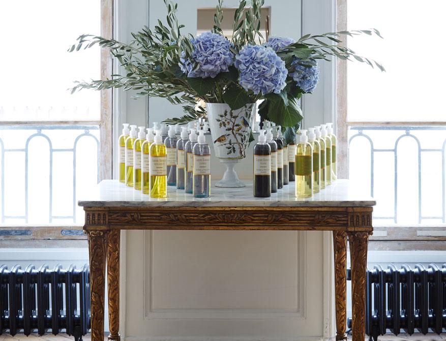 Organic Flüssigseife von Astier de Villatte erhältlich in Bergamotte, Poivre, Cypress und Pink Pepper
