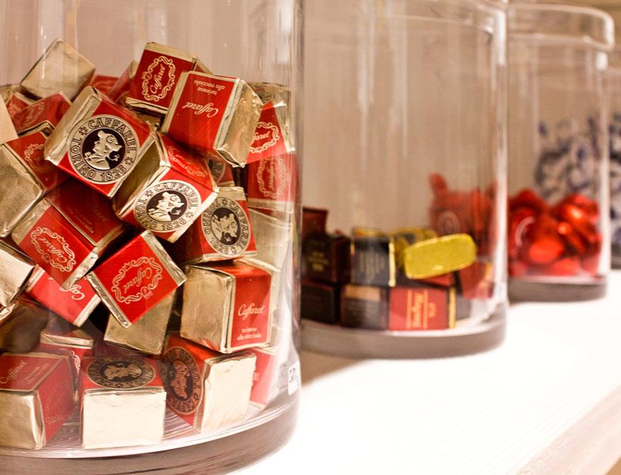 Schokoladenköstlichkeiten von Caffarel, Majani, Praestat und vielen mehr im Falkenberg Department Store Munich