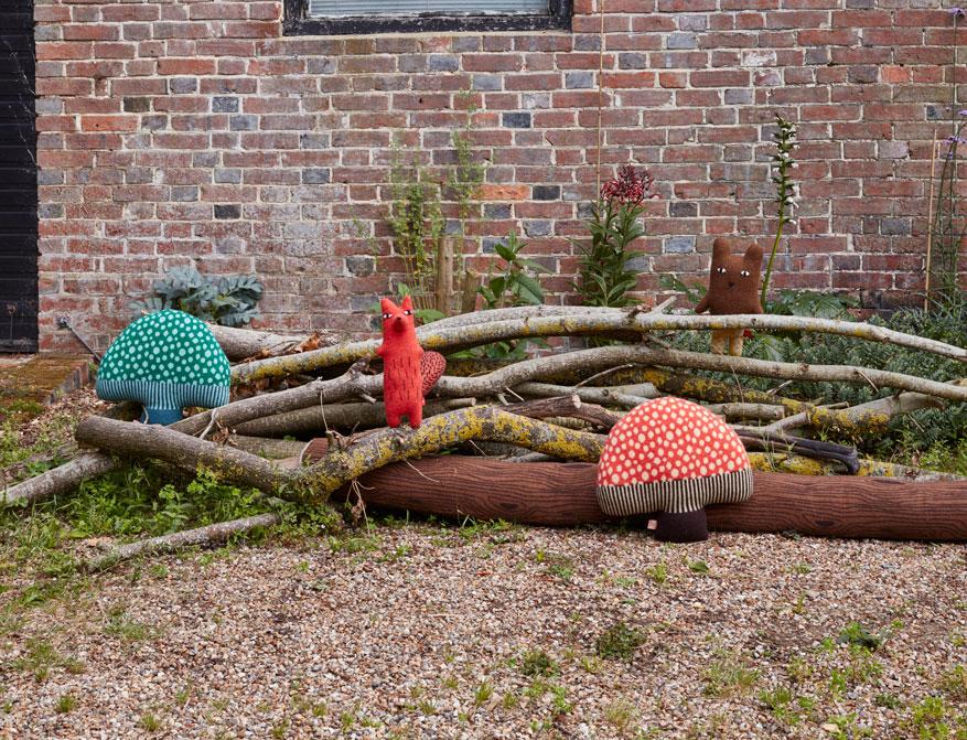 Stoffkreaturen Mushroom und Cyril und Barry von Donna Wilson aus Großbritannien