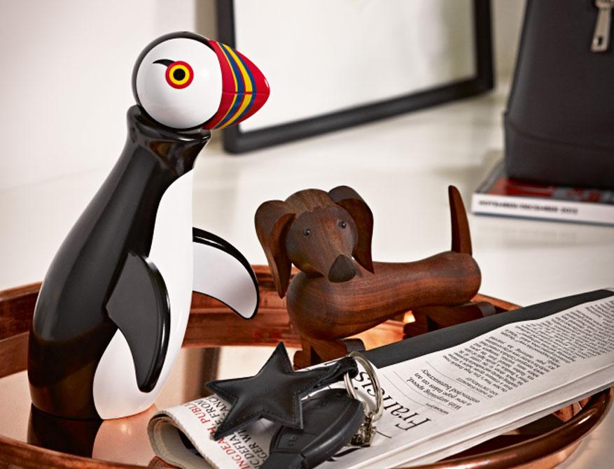 Papageitaucher und Dackelhund von Kay Bojesen