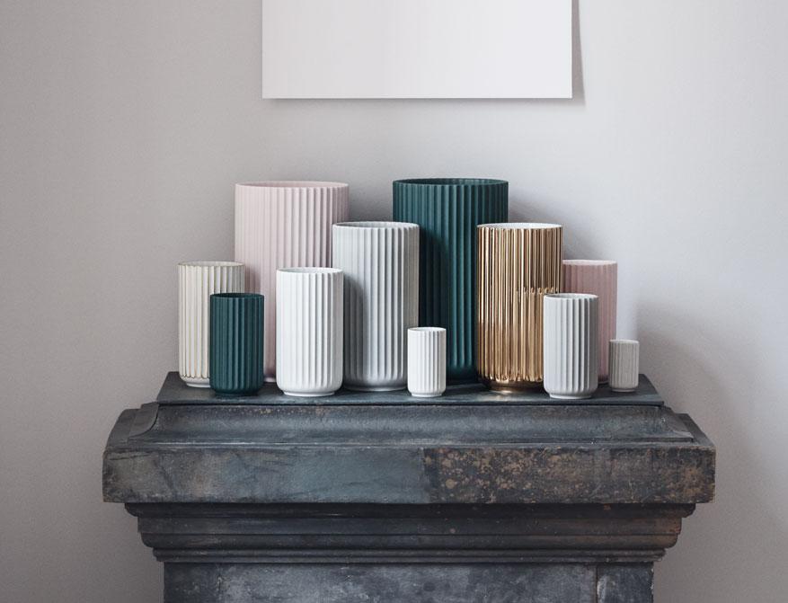 Vase oder Windlicht aus Porzellan in verschiedenen Größen und Farben von Lyngby