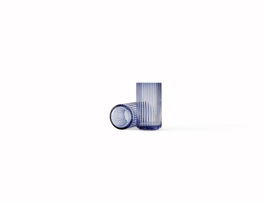 Vase oder Windlicht in midnight blue aus Glas in verschiedenen Größen von Lyngby