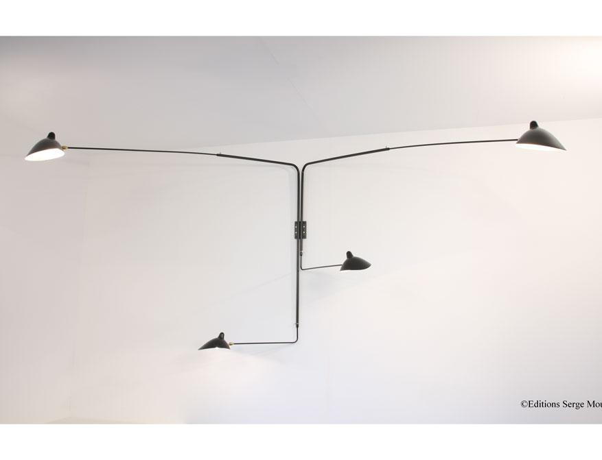 Die vierarmige Wandleuchte in Ausführung schwarz von Serge Mouille