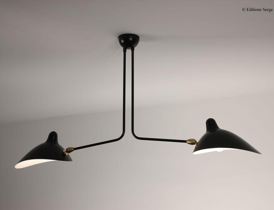 Die zweiarmige Pendelleuchte in Ausführung schwarz von Serge Mouille